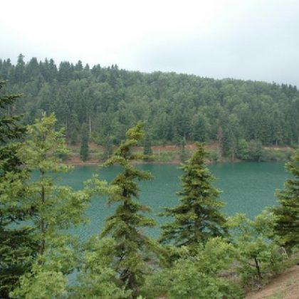 Ξενοδοχεία στη λίμνη Πλαστήρα